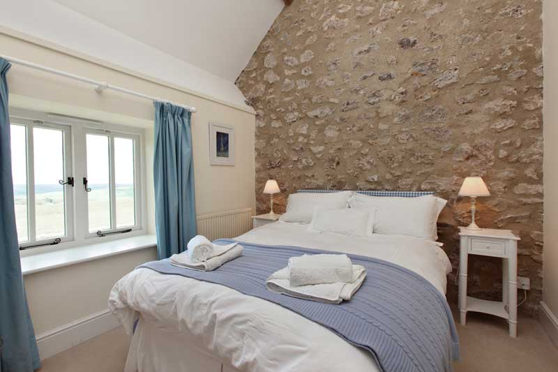 The Stables Family Bedroom - Abbotsbury Wedding Accommodation
