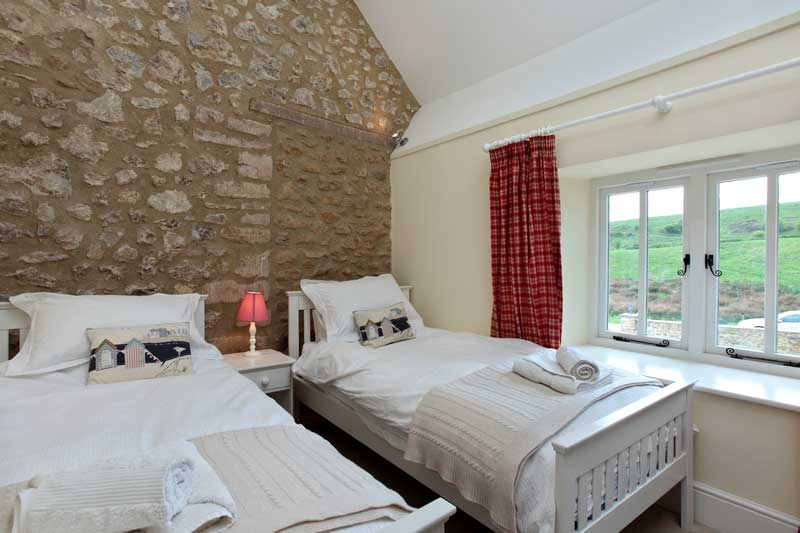 The Stables Twin Bedroom - Abbotsbury Wedding Accommodation